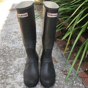 Hunter boots women dark brown Sz 7